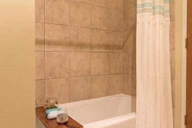 Grand-Wisconsin-Bathroom-3